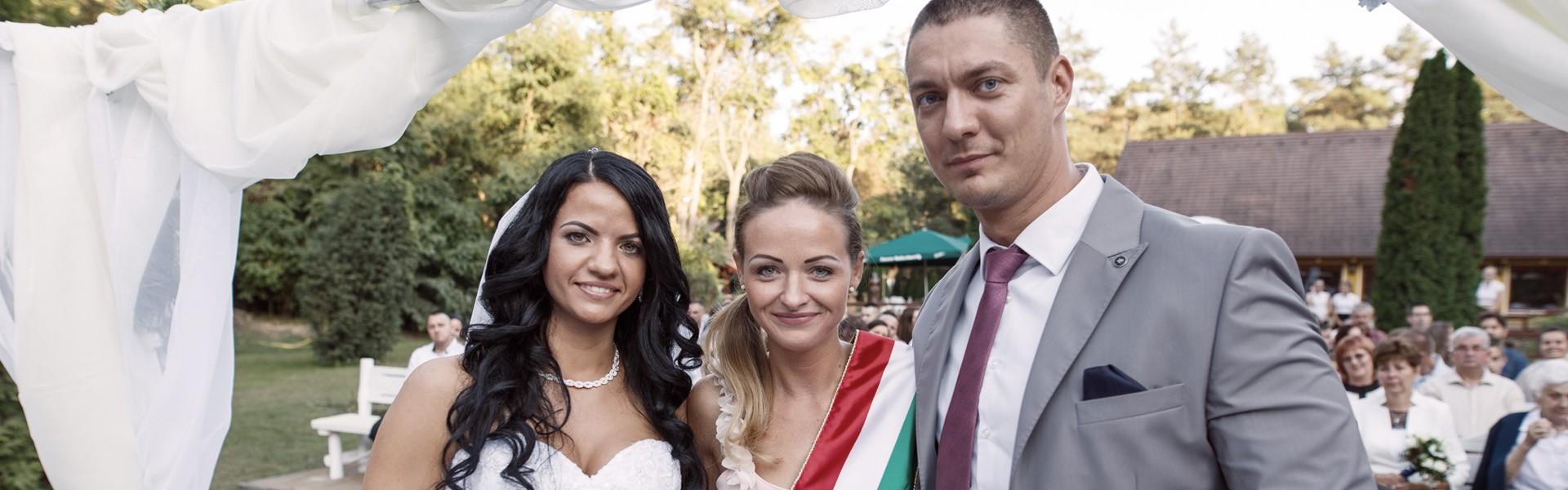 Vásárhelyi Petra - Esküvői szertartásvezető